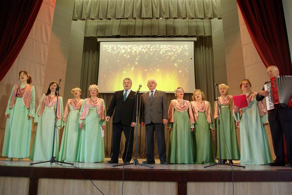Праздничный концерт к 9 мая состоялся в актовом зале вуза