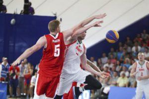 Баскетболист, первым тренером которого был преподаватель БГТУ, вместе с командой принес Республике Беларусь бронзу
