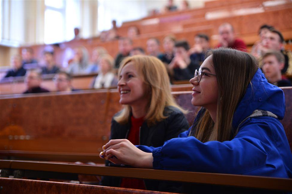 АБИТУРИЕНТУ-2019: знакомство с инженерно-экономическим факультетом (ИЭФ)