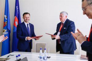 Подписание меморандума о сотрудничестве между БГТУ и ОАО «Завод горного воска»