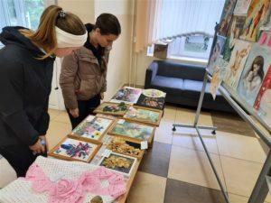 """Выставка творческих работ студгородка """"1000 теплых слов"""""""