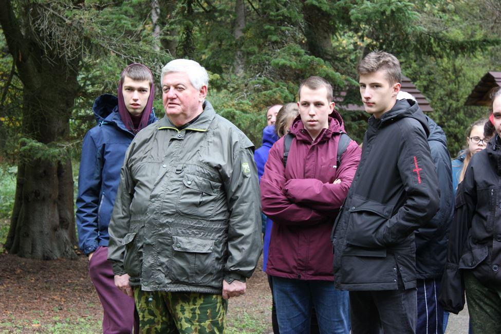 БГТУ принял участие в юбилейной акции «Чистый лес»