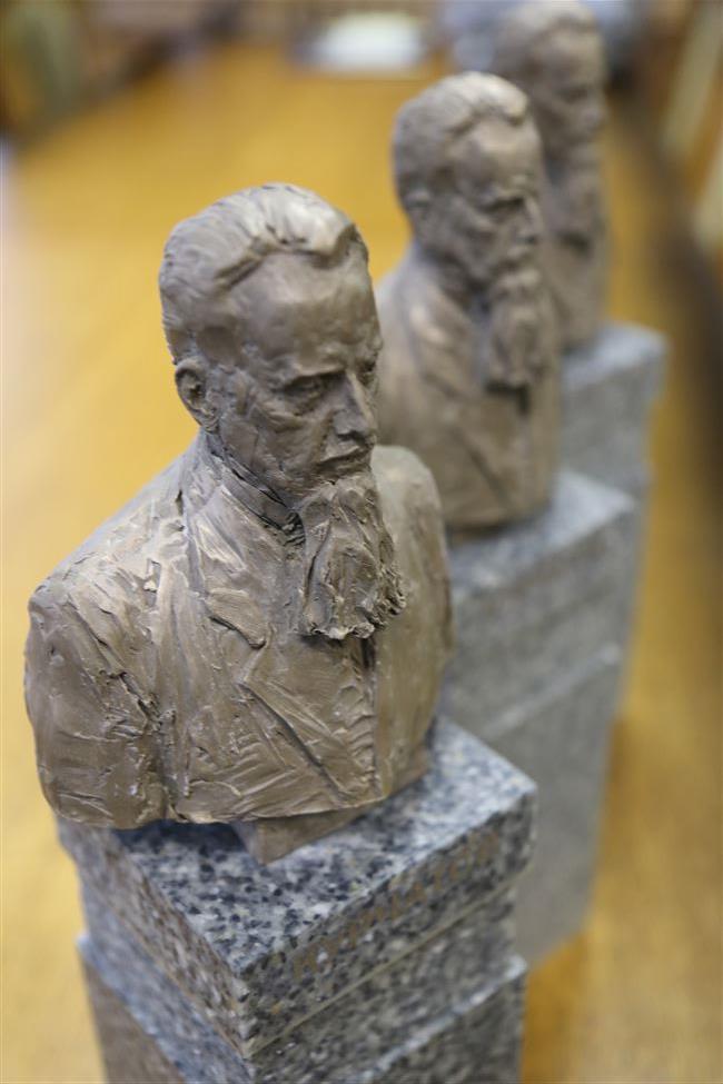 Памяти великого ученого И.В.Курчатова. 75 лет опережая время